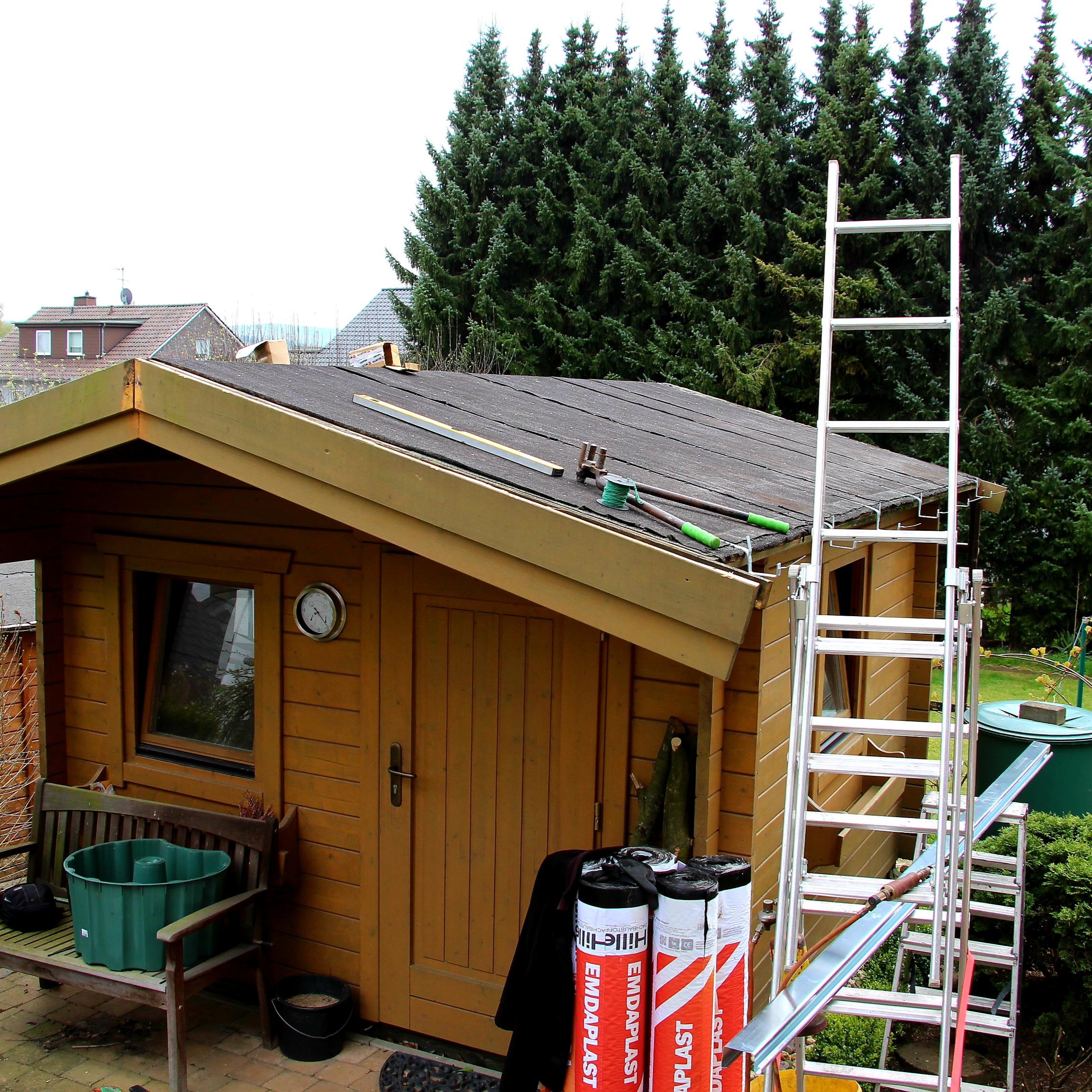 Sanierung Gartenhausdach