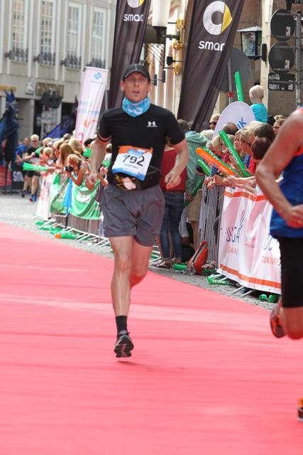 Zieleinlauf Marathon Münster Raphael Gorsk