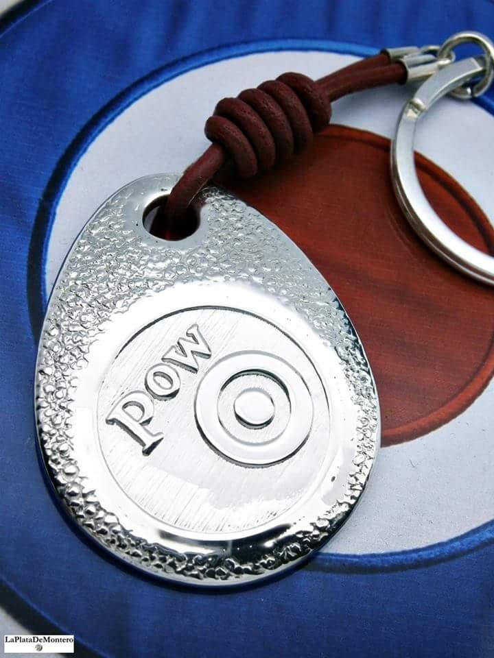 Llavero Pow