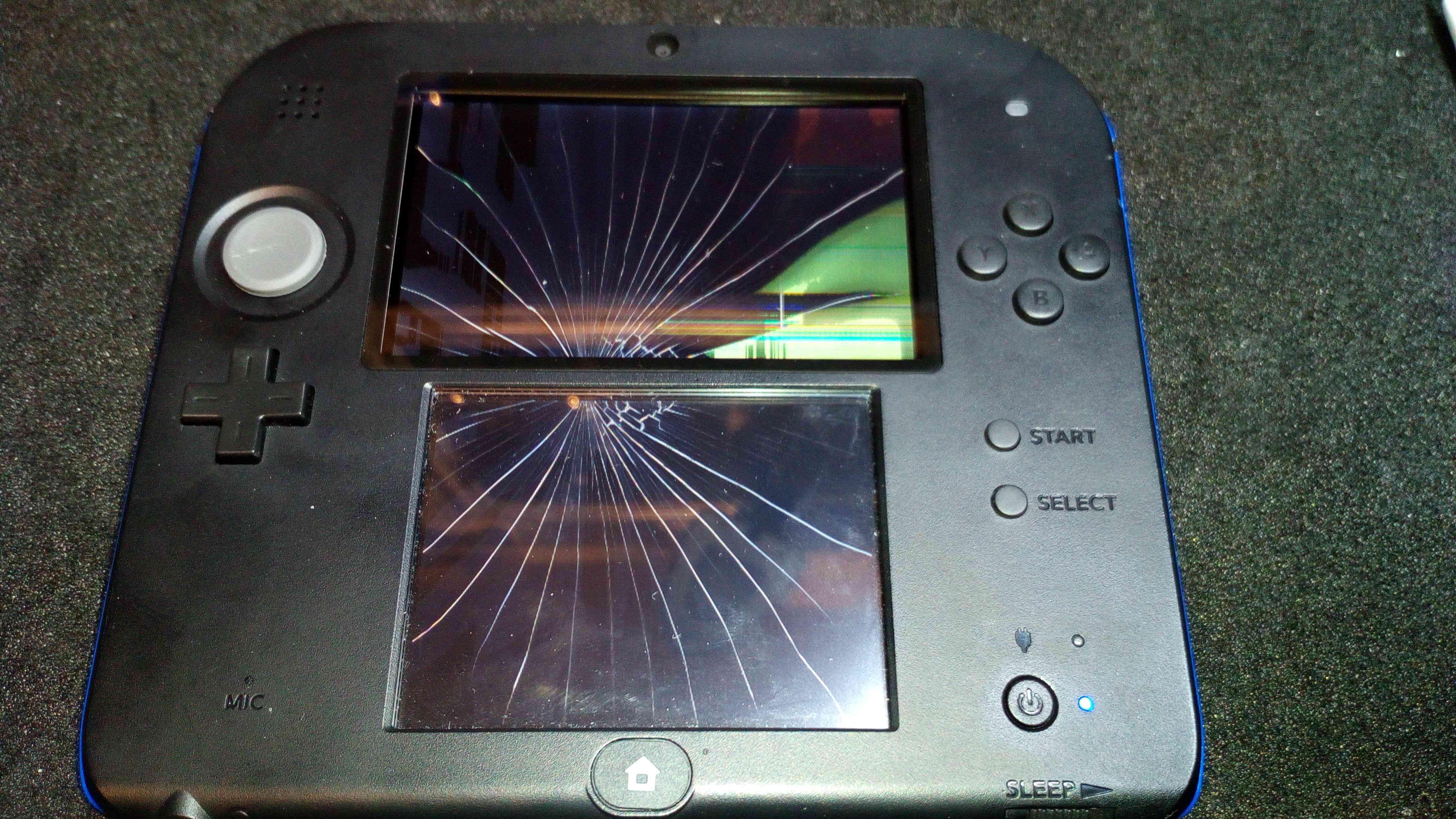 Nintendo 2DS Display + Touchscreen Komplett erneuern. Reparatur 89,00€