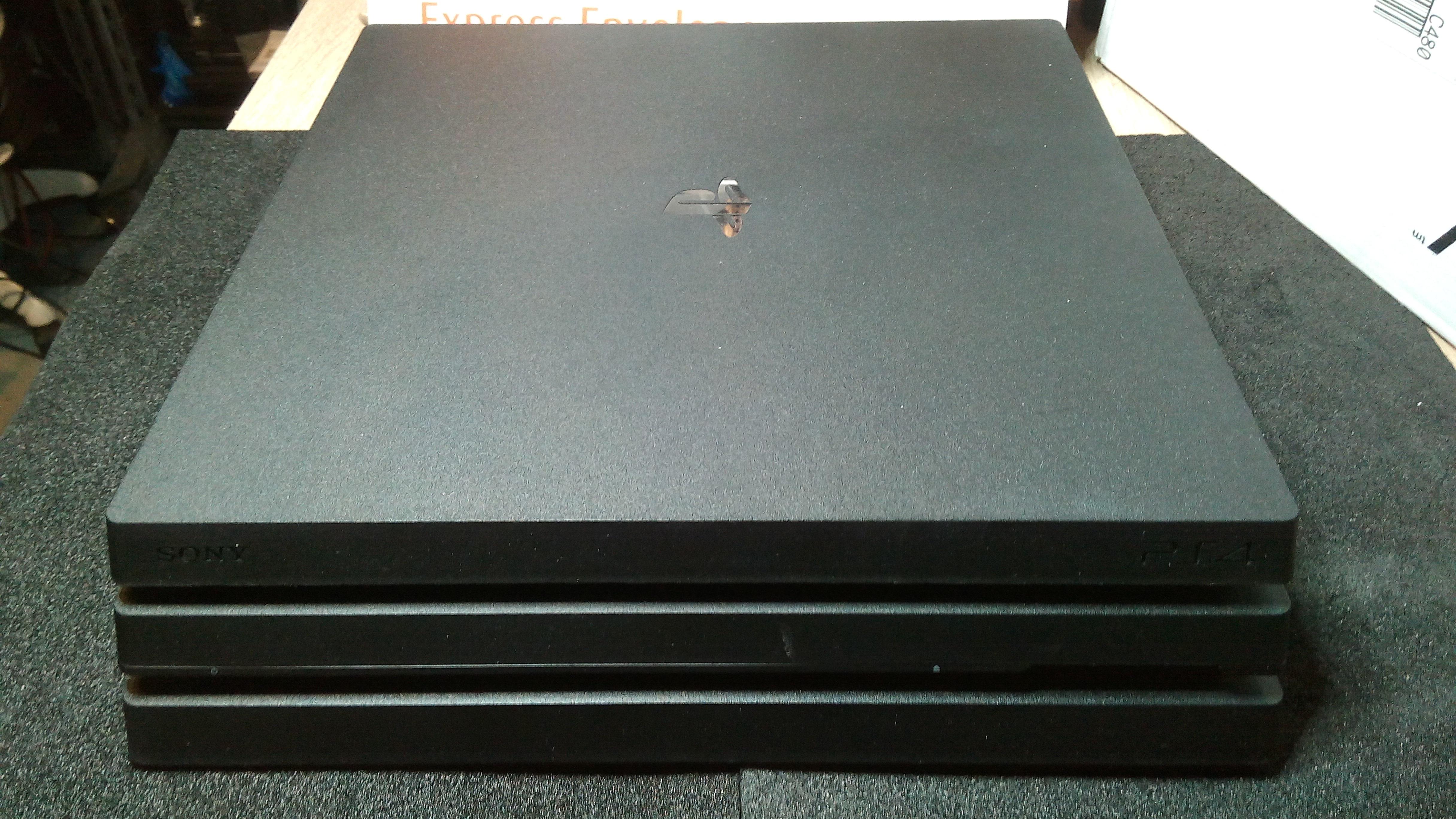 Reinigung und Wartung Ihrer PS4 Slim & Pro Reparatur 29,00€