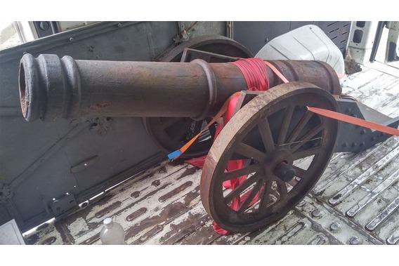 Kanone transportiert