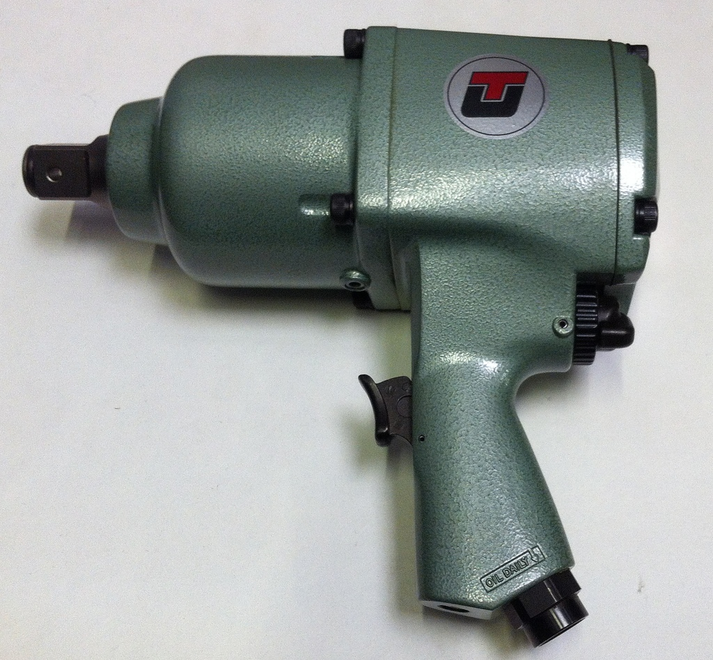 "1"" DRIVE IMPACT WRENCH"