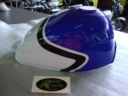Tank Monkey 3 Farben Blau/Weiß/schwarz für den großen Tankdeckel  78,00 EUR