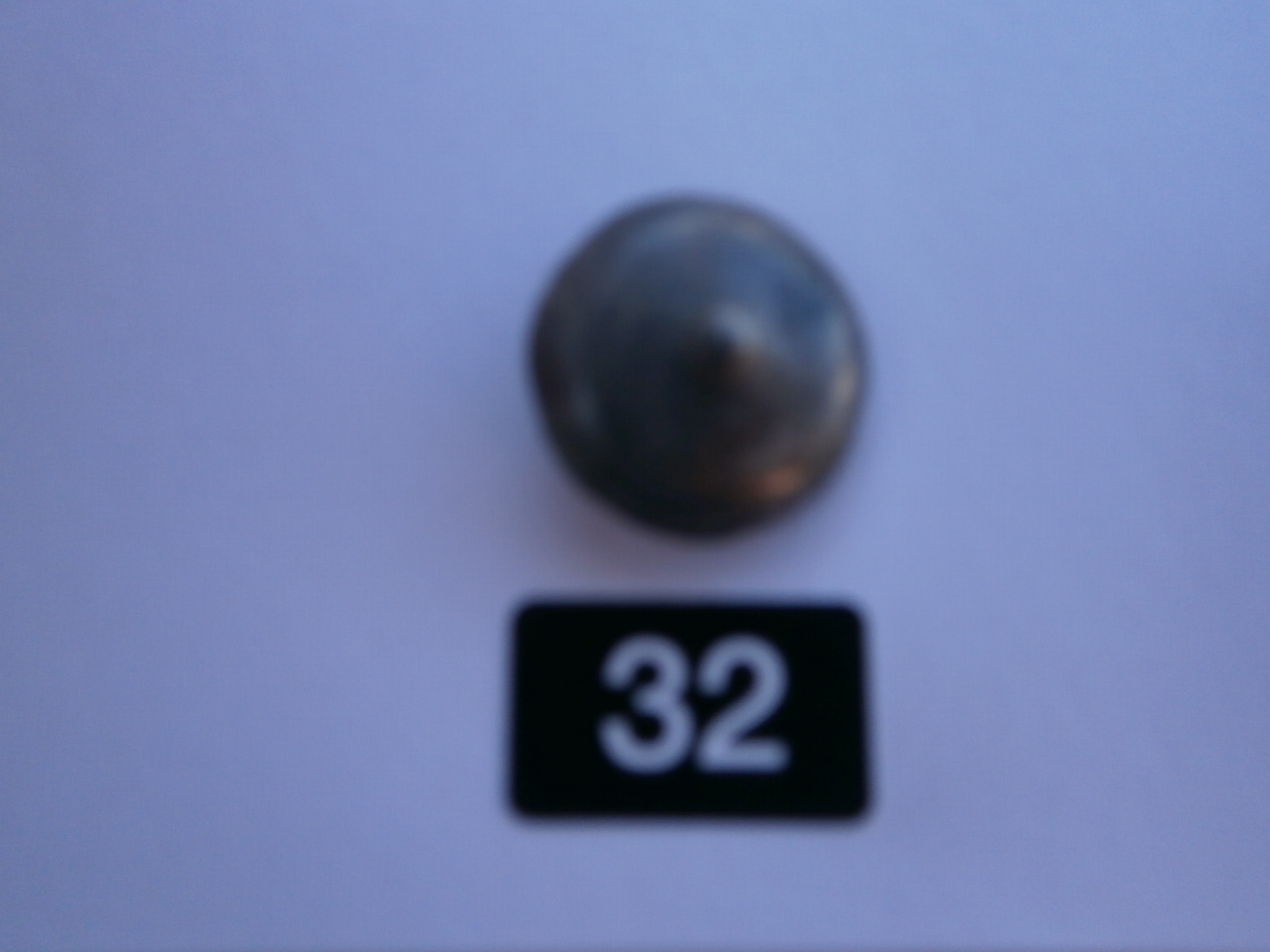 Lead alloy small button